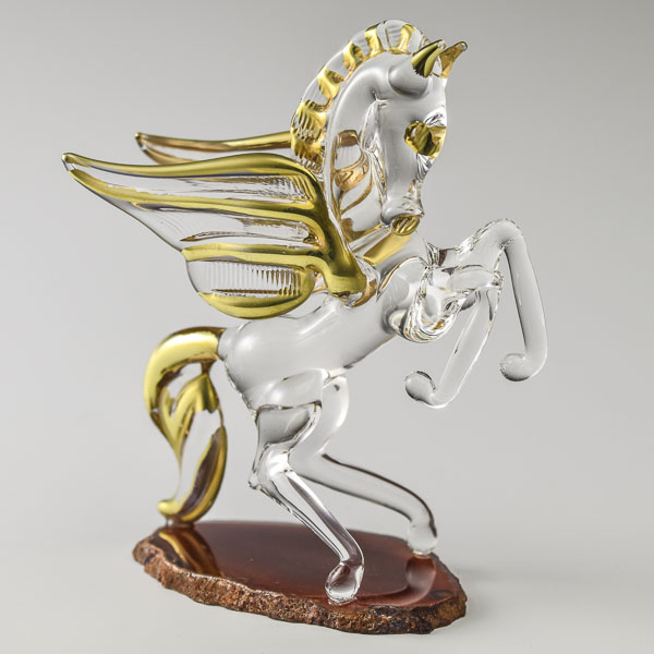 Pegasus Gold on Agate Small